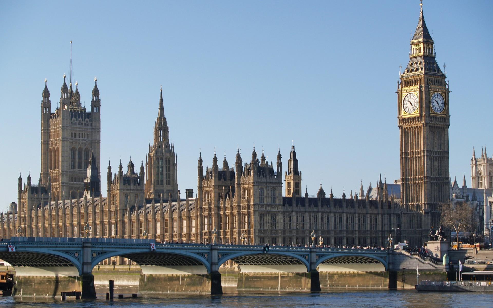 фотообои в хабаровске великобритании долгое